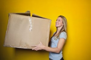 How to Declutter and Pack for a Move