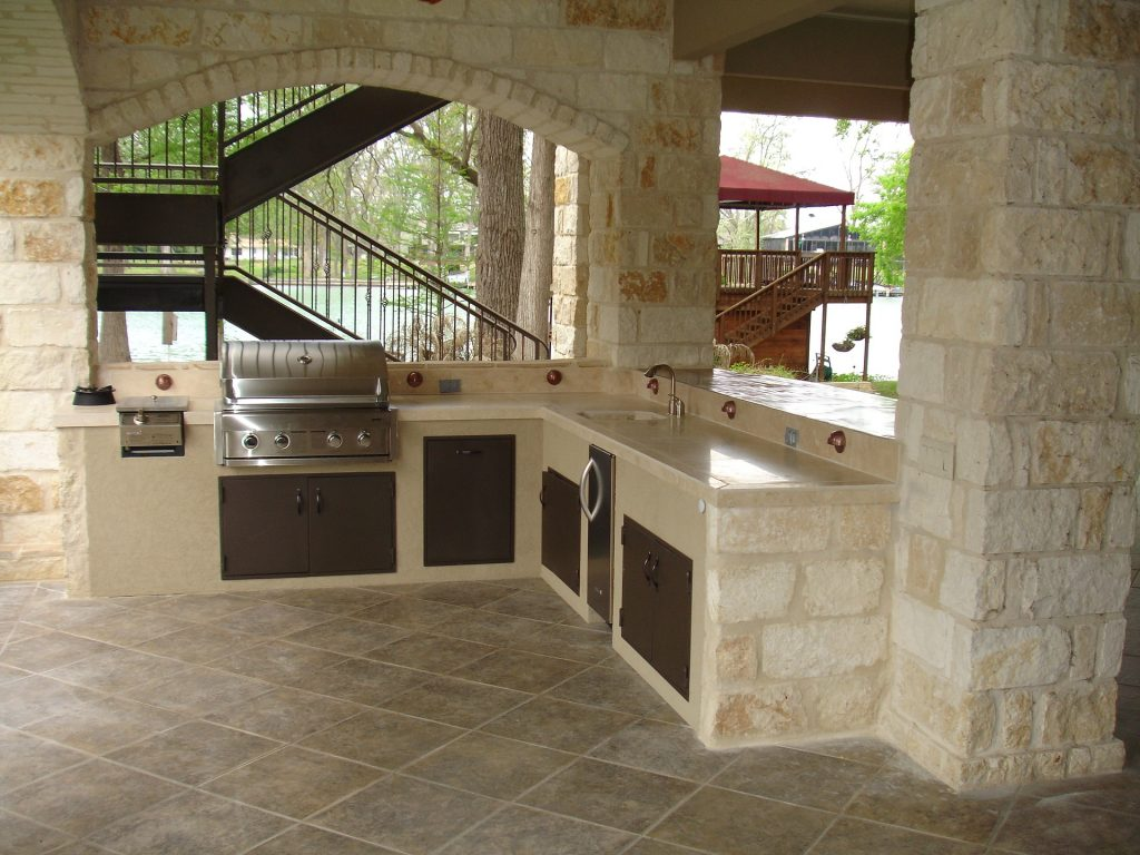 Best Outdoor Tile Options for Your Deck or Patio